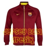 barcelona-core-trainer-jacket-maroon